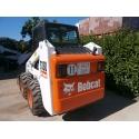 Bobcat S130 con pala
